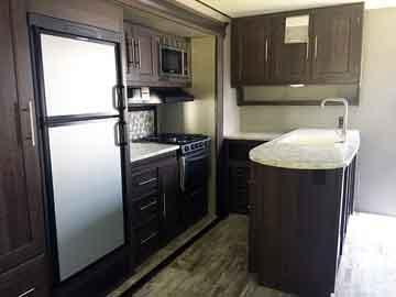 340RS-kitchen-1