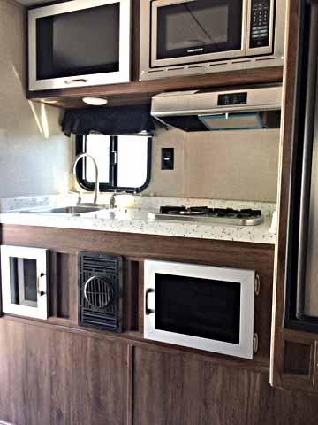 TL-800x-kitchen
