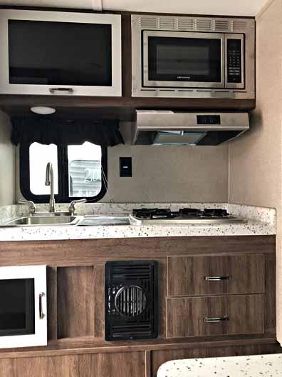 2018 Travel Lite Truck Camper 890SBRX 5