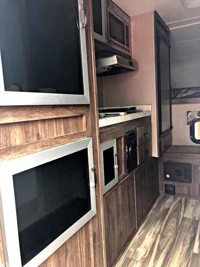2018 Travel Lite Truck Camper 890SBRX 8