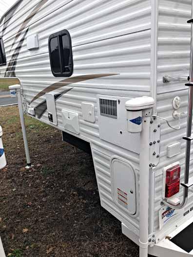 2018 travel lite truck camper 840SBRX 14