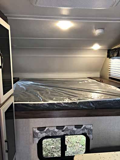 2018 travel lite truck camper 840SBRX 9
