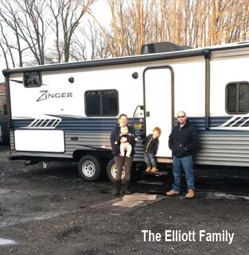 Elliott-family-Zinger