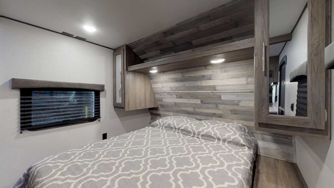 zinger-zr-328sb-bedroom