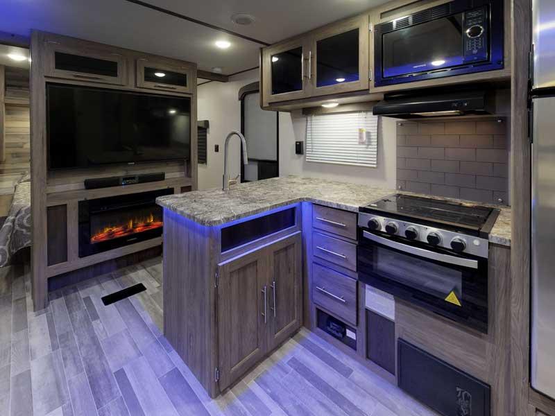 zinger-zr-328sb-kitchen